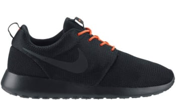 Nike Roshe Run Black/Total Crimson