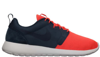 Nike Rosherun Hyperfuse QS Total Crimson/Squadron Blue-Summit White