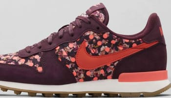 Nike Internationalist Liberty Women's Deep Burgundy/Sail-Bright Mango