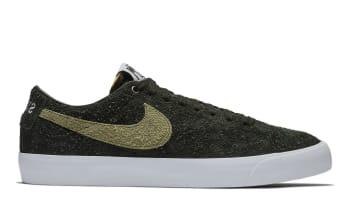 Stüssy x Nike SB Blazer Low Black/Palm Green