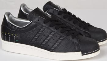 Sneakersnstuff x adidas Superstar Camera