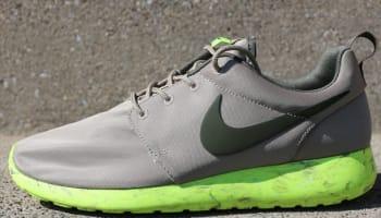 Nike Roshe Run QS Bamboo/Cargo Khaki-Volt-Sail