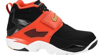 Nike Air Diamond Turf Black/Metallic Gold-Gamma Orange