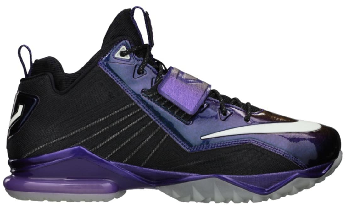 Nike Zoom CJ Trainer 2 Black/Metallic Silver-Court Purple