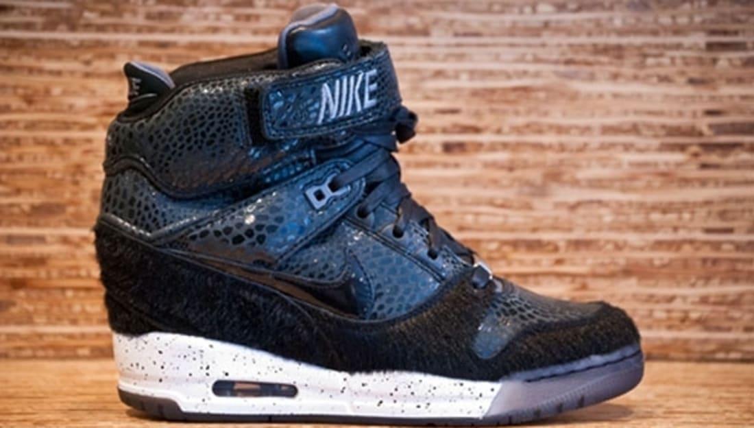 Nike Air Revolution Sky Hi Women's FW QS Black/Anthracite-White-Black
