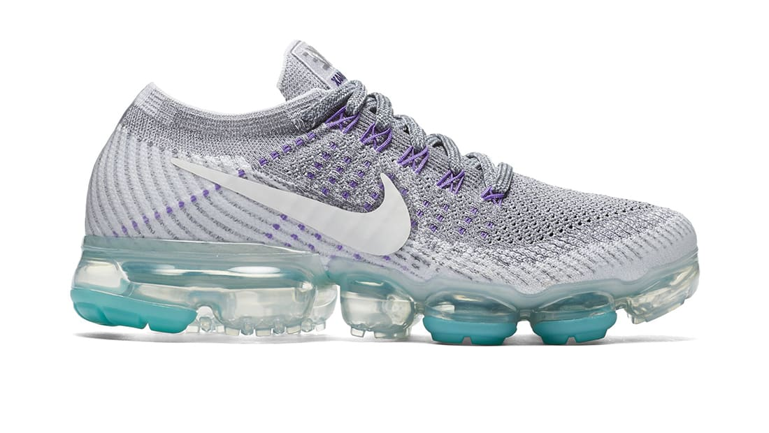 521ef27f37 Women's Nike Air VaporMax