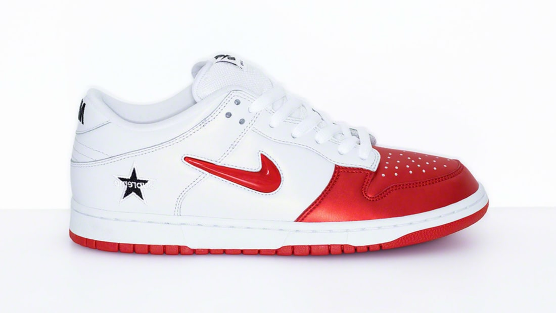 Supreme x Nike SB Dunk Low Varsity Red/Varsity Red-White-Black