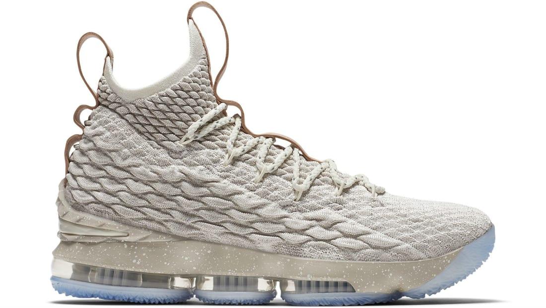 b16aee7f9f09 Nike LeBron 15 EP