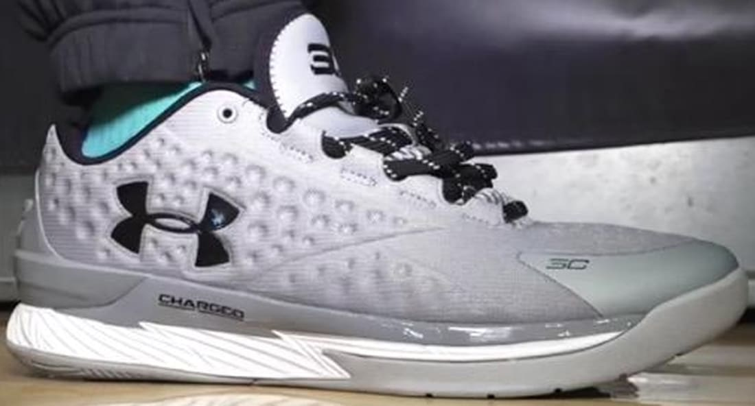 Under Armour Curry One Low Graphite/Metallic Silver-Black