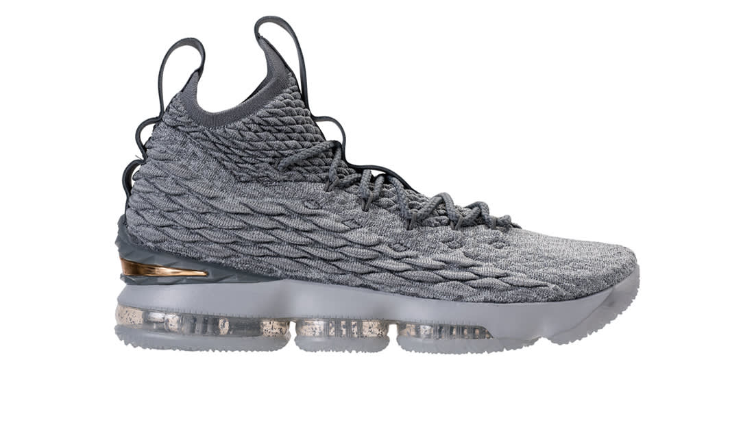 ad807f55d4ab Nike LeBron 15