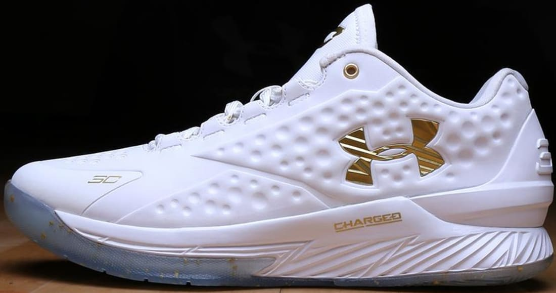 premium selection eb699 97824 Under Armour Curry One Low MVP PE White Metallic Gold