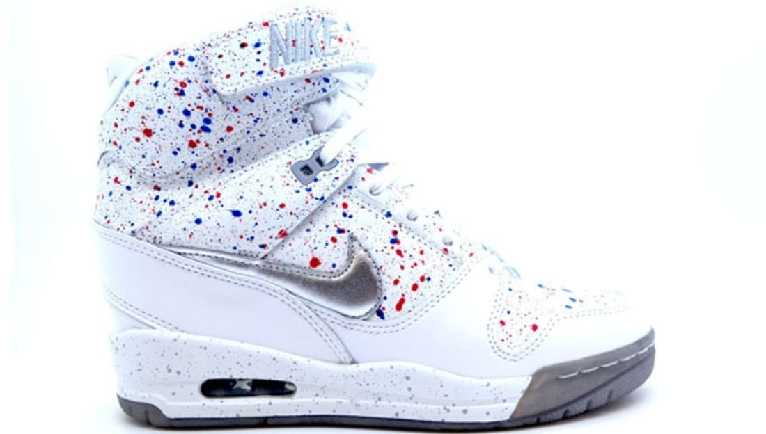 brand new 0ee23 786fd Nike Air Revolution Sky Hi Women s FW QS White Metallic Silver-University  Red-