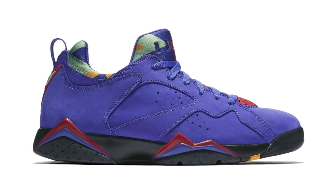 the latest d63d9 2dea2 Air Jordan 7 Retro Low NRG