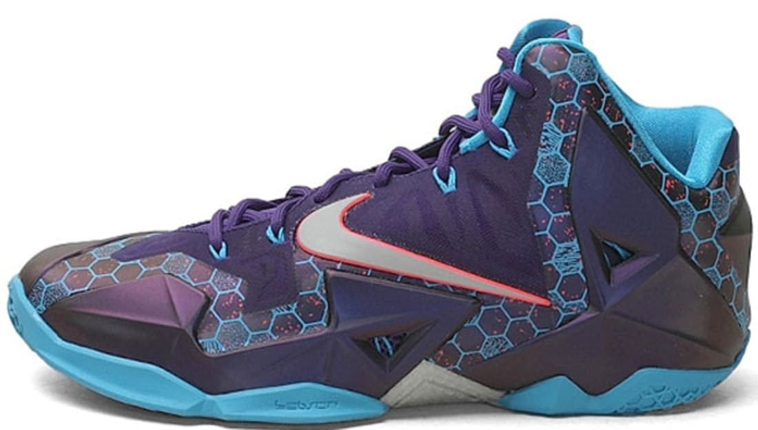 official photos 854d3 7add4 Nike · Nike LeBron