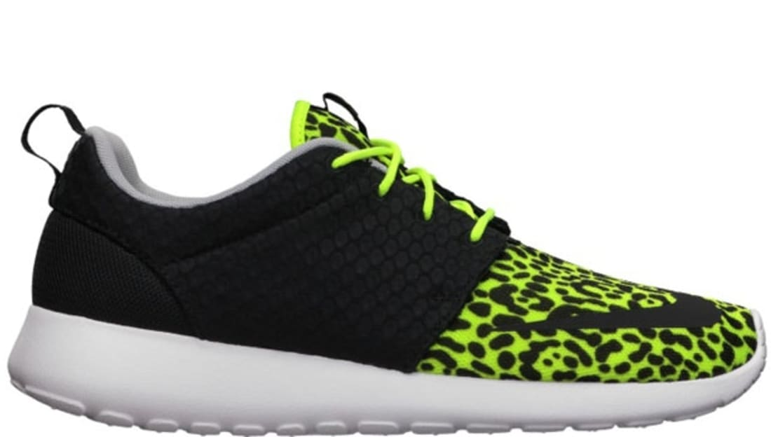 low priced 9c2a7 ca294 Nike Roshe Run FB Volt/Black-White | Nike | Sole Collector