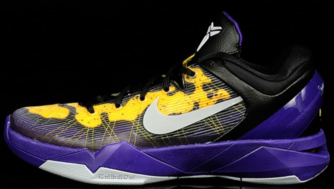 Nike · Nike Kobe · Nike Zoom Kobe 7 (VII). Nike Zoom Kobe 7 Poison Dart  Frog Lakers f2c4dd5c1