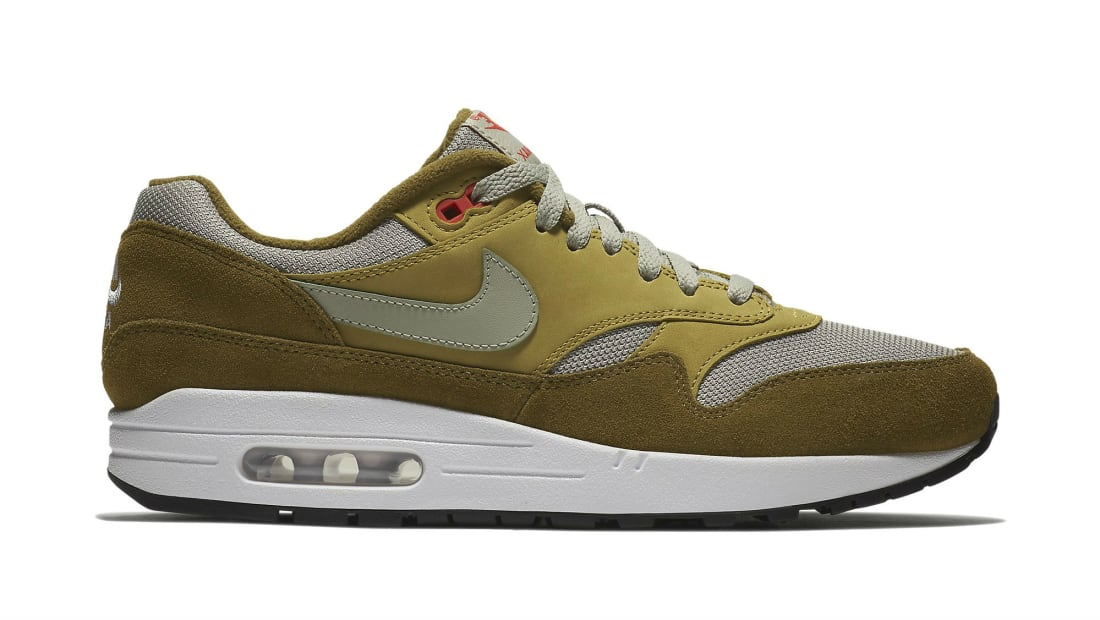 """The atmos x Nike Air Max 1 """"Curry"""" May Return to Celebrate"""