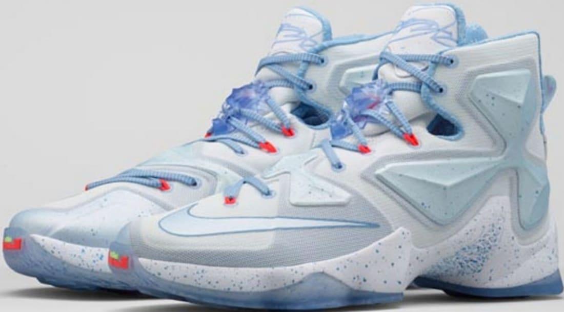 9e6a269750d29 Nike LeBron 13 Christmas