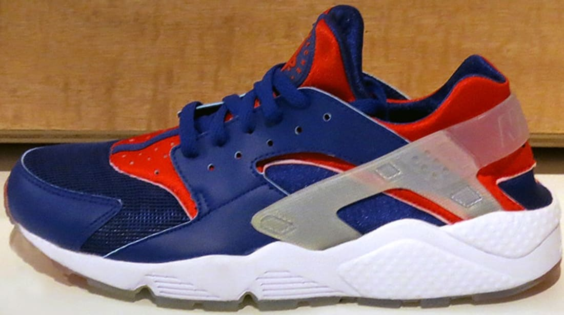 aa6450af7db3e Nike Air Huarache Premium Deep Royal University Red