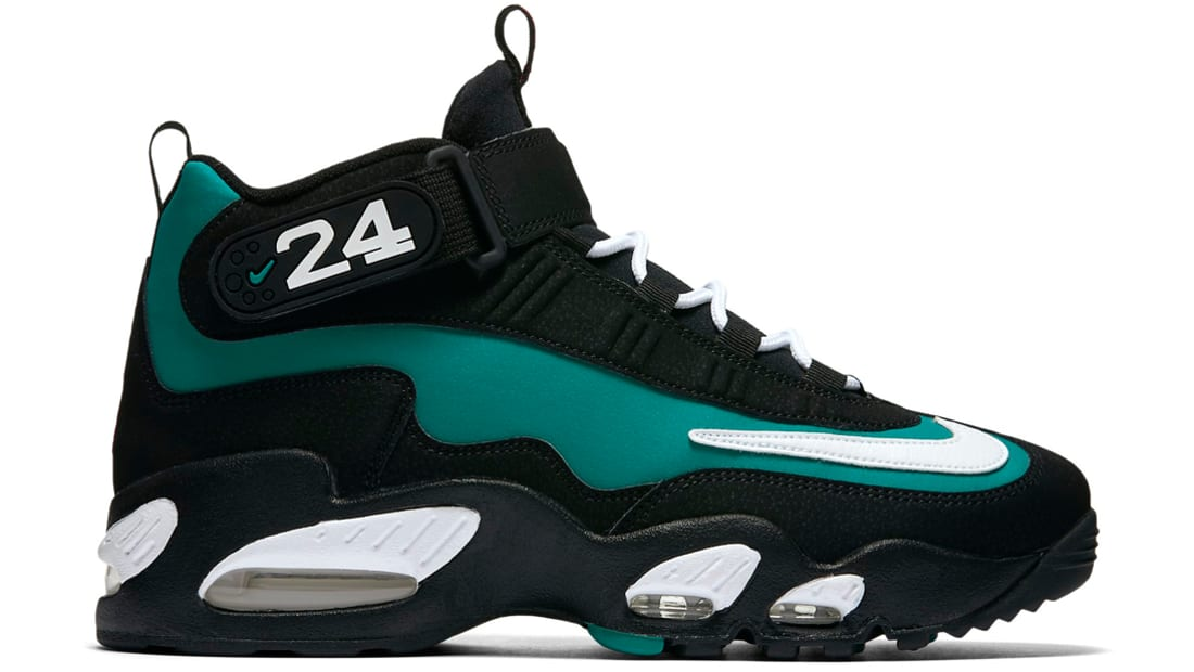 nike 96 air griffey max one sneaker
