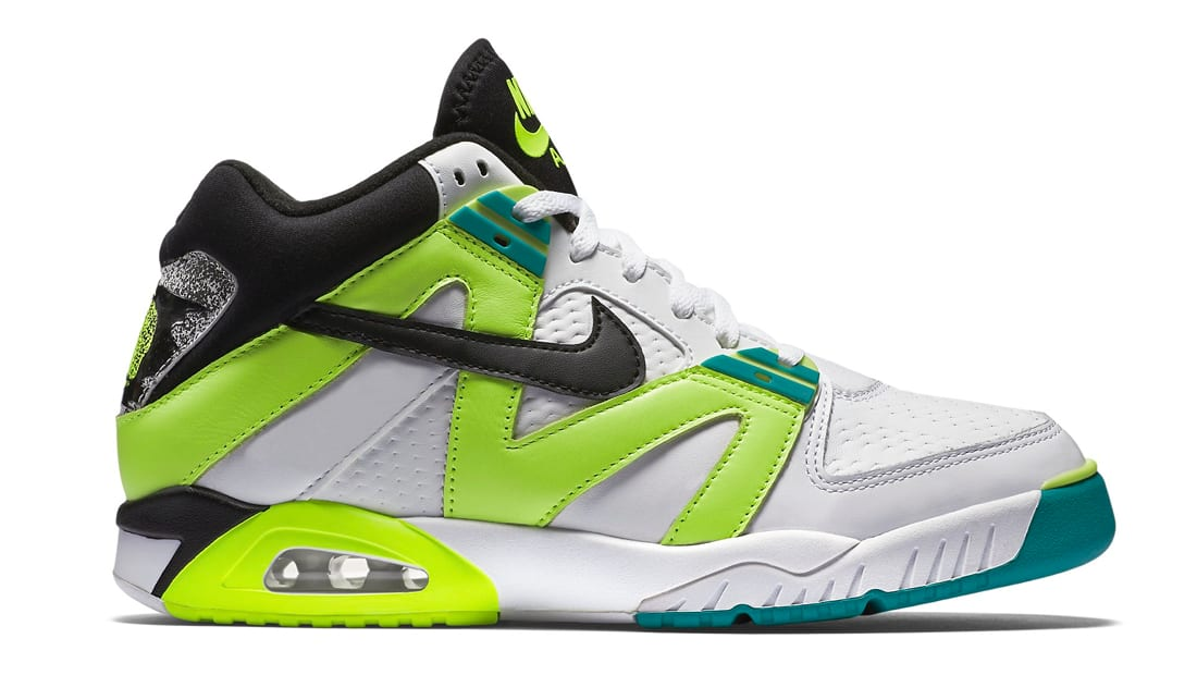sale retailer dc95a 1a639 Nike Air Tech Challenge III