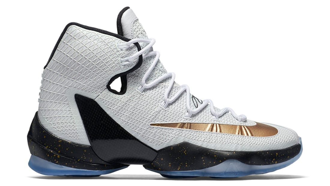 official photos 60d36 2b22b Nike · Nike LeBron