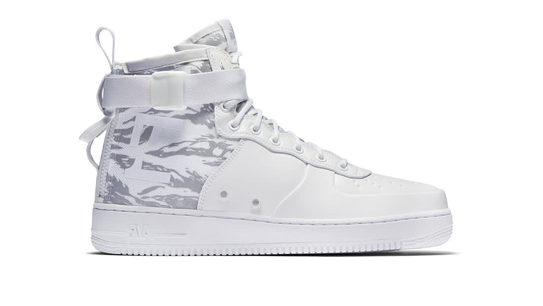 new product e4655 7f6fc Nike SF Air Force 1 Mid