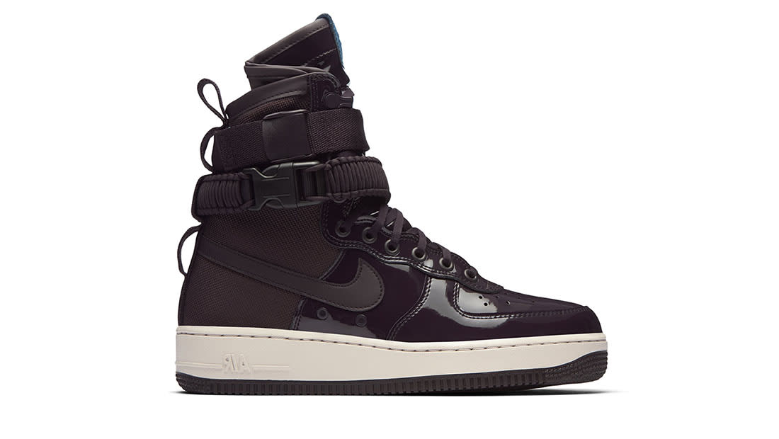 outlet store bf2f0 2cf18 Women s Nike SF Air Force 1 High