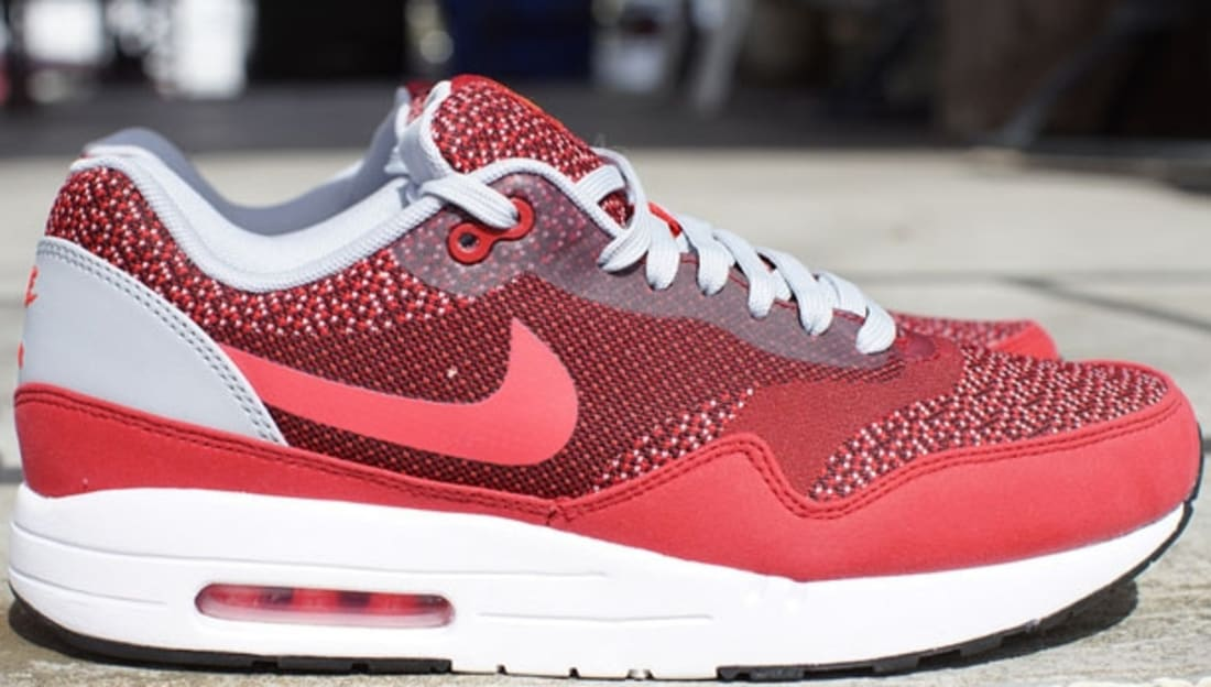 the best attitude 48bf1 236bc Nike Air Max 1 JCRD Gym Red Laser Crimson-Light Crimson