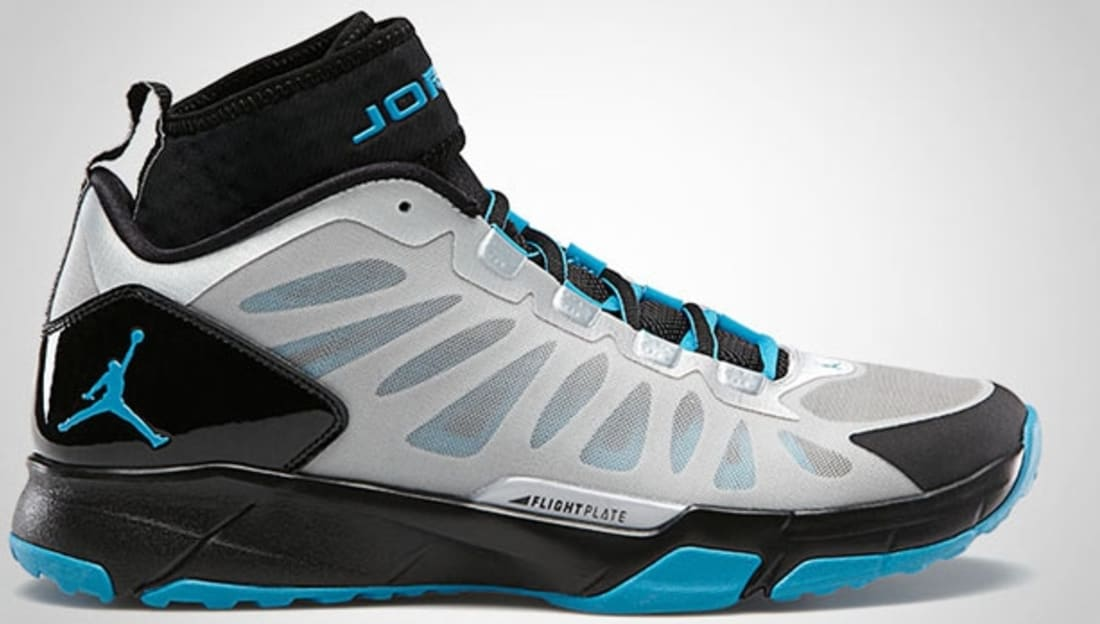 Jordan Trunner Dominate Pro Metallic Platinum/Neo Turquoise-Black