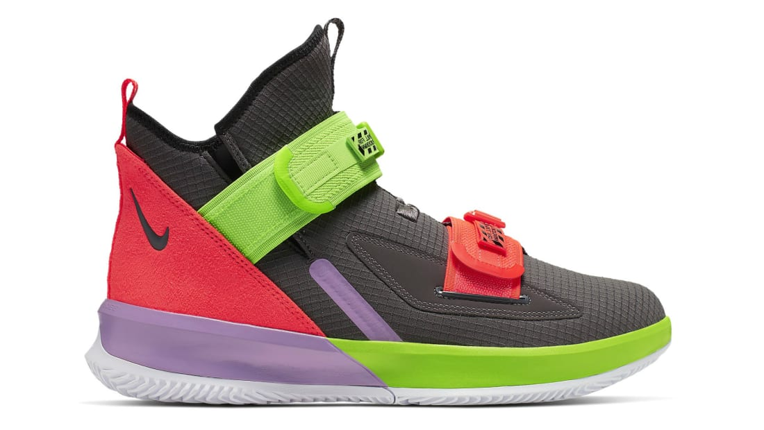 Nike LeBron Soldier 13 (XIII)