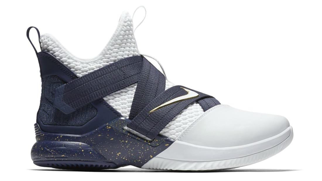 buy popular 7b96d 1effe Nike LeBron Soldier 12 SFG