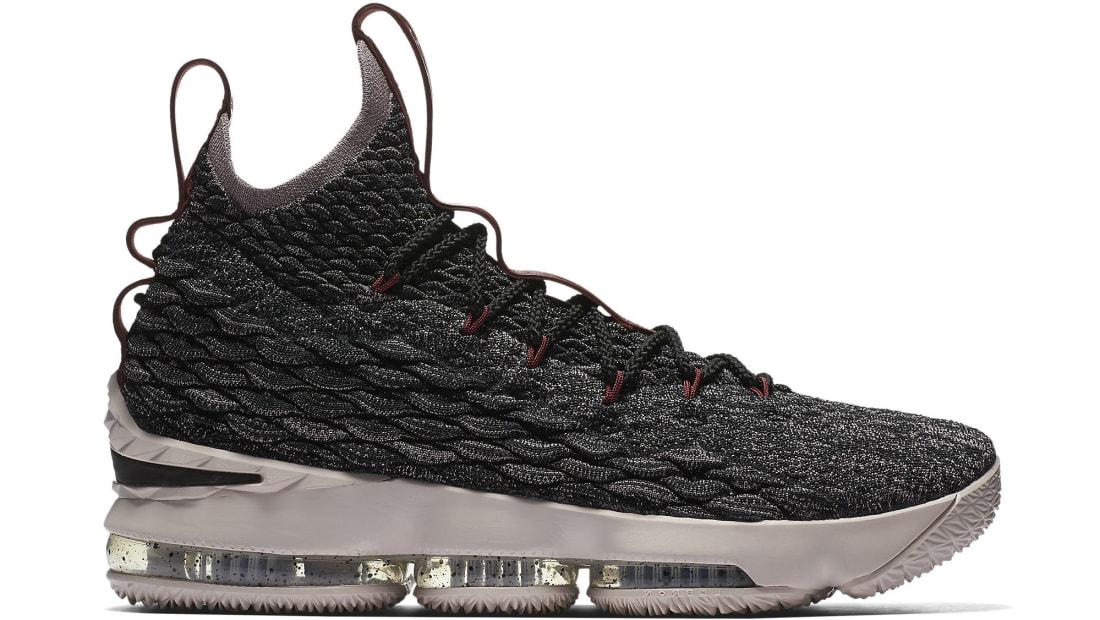 93e2bc8274d Nike LeBron 15