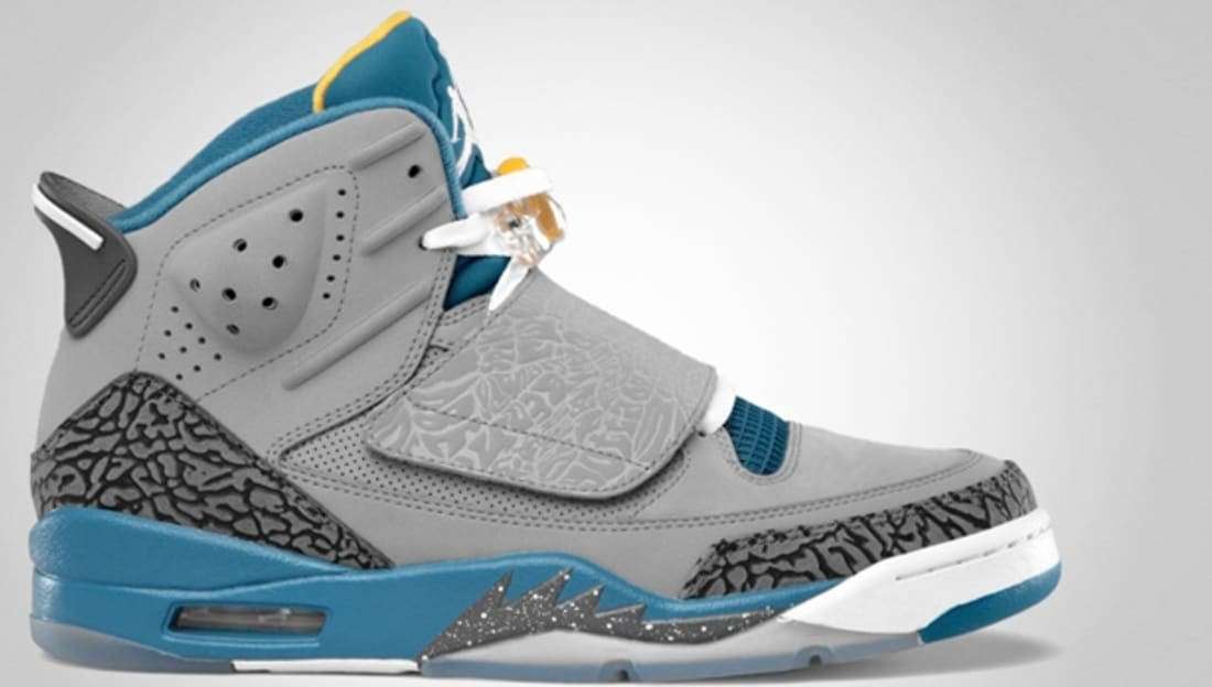 Jordan Son Of Mars Stealth/White-Shaded Blue-University Gold