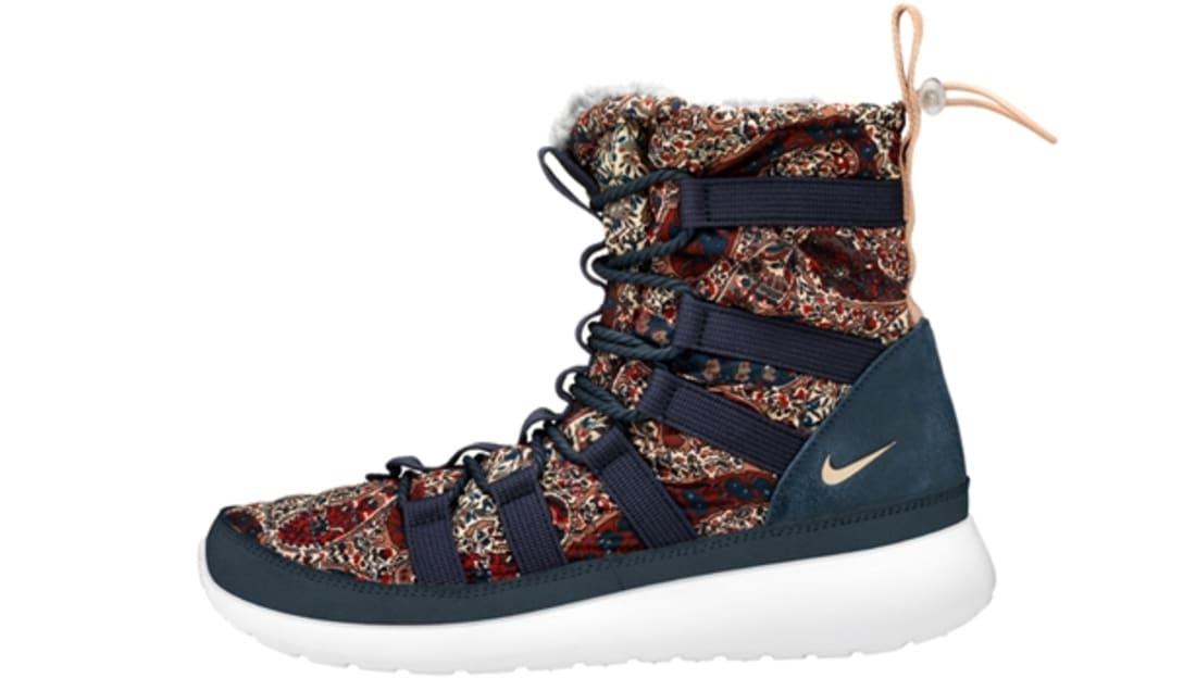 Nike Roshe Run Hi Sneaker Boot