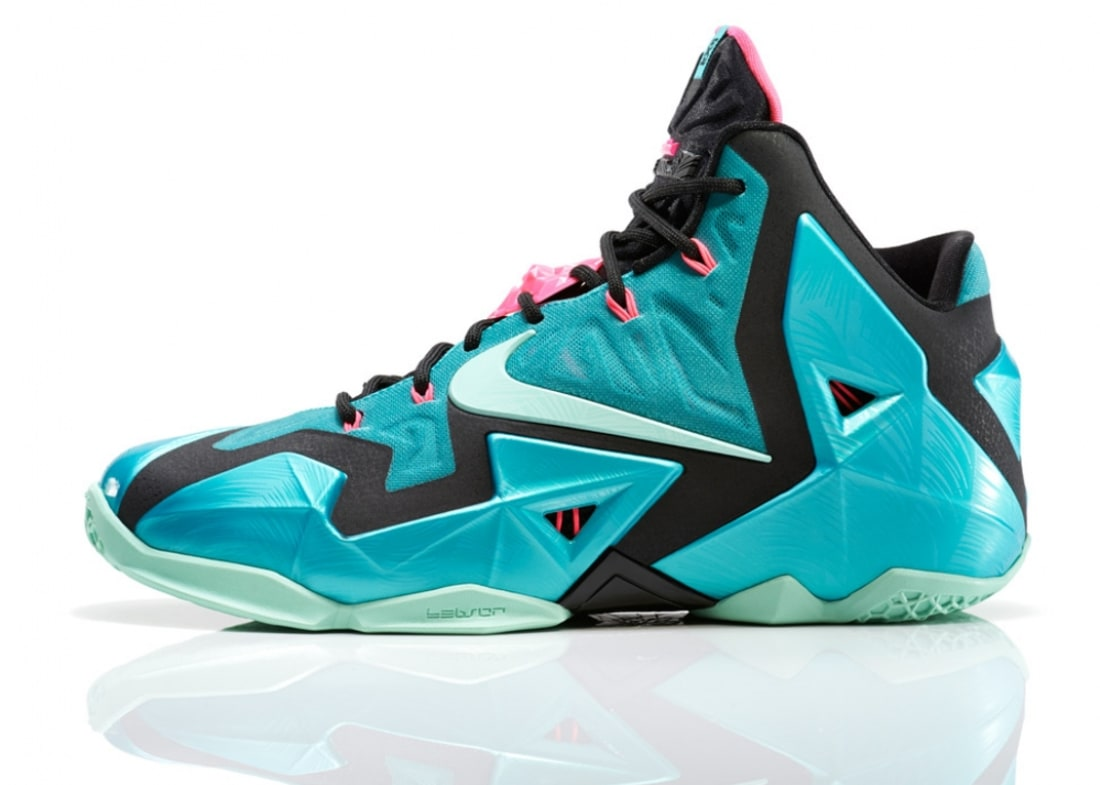 outlet store 50bfc 48f66 Nike · Nike LeBron · Nike LeBron 11 (XI). Nike LeBron 11 Sport Turquoise Medium  Mint-Black
