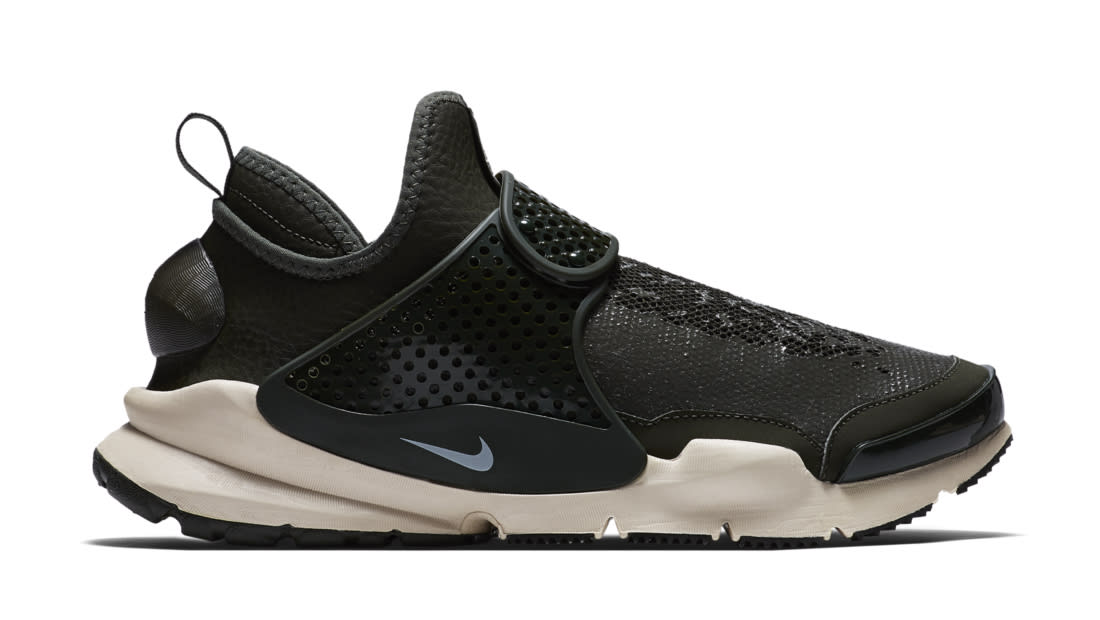 e956320afdf10 NikeLab Sock Dart Mid x Stone Island