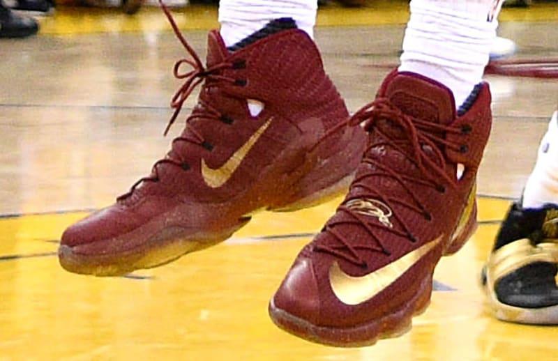 new style 931a1 c8153 ... LeBron James Wears WineGold Nike LeBron 13 Elite Finals PE (1) ...