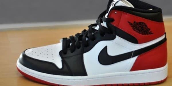 escritorio Él Contratista  Air Jordan 1 Retro High OG Black Toe | Jordan | Sole Collector