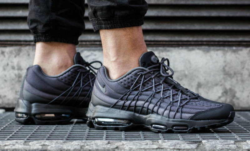 Air Max 95 Black And Dark Grey