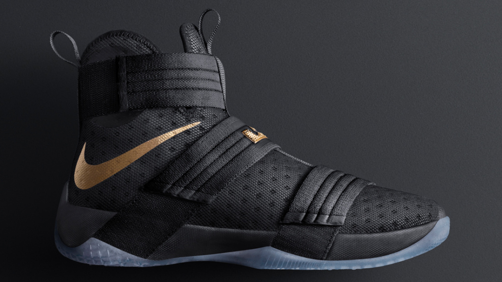 Lebron Nike Zoom Soldier 10
