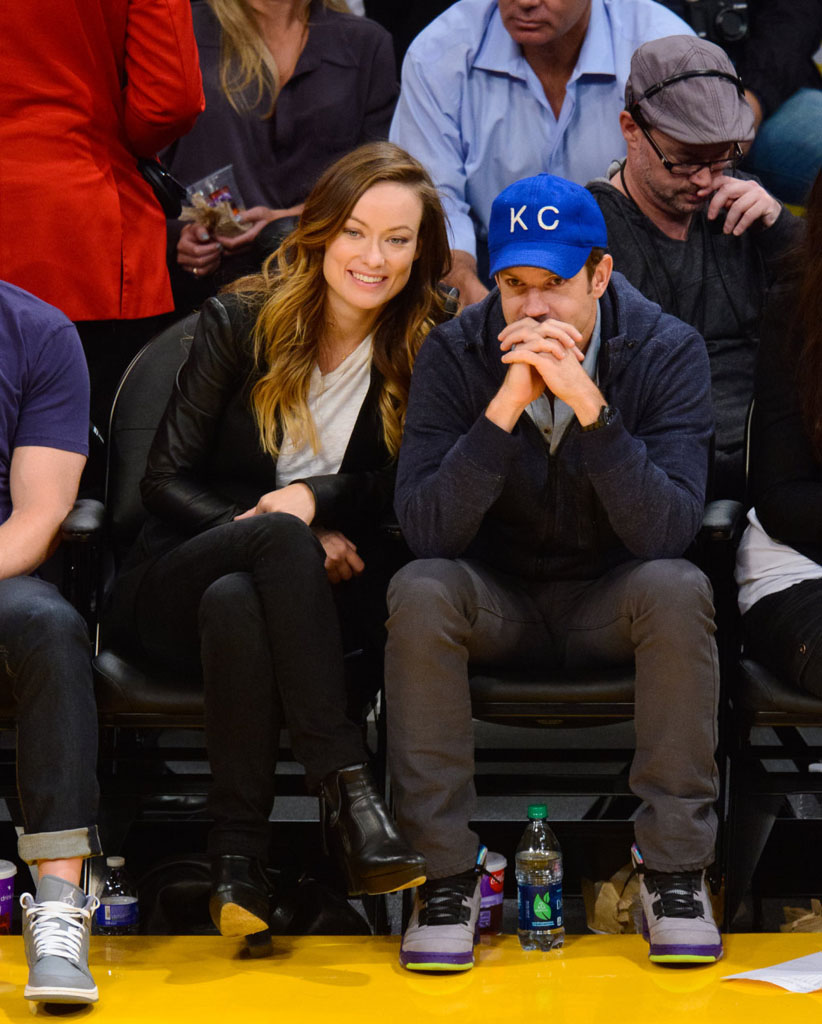 Jason Sudeikis Wearing 'Fresh Prince' Air Jordan 5 V (2)