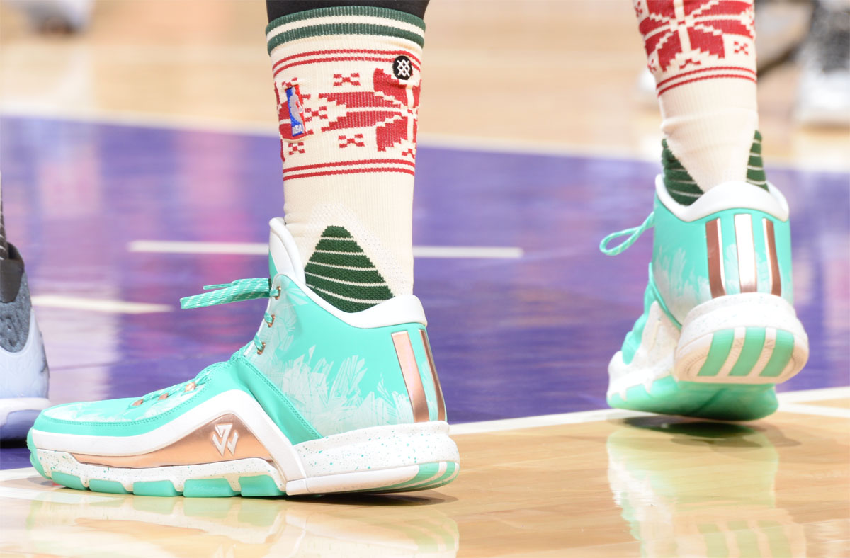 super popular 82ca2 3e495 Larry Nance Jr. wearing the Christmas adidas J Wall 2