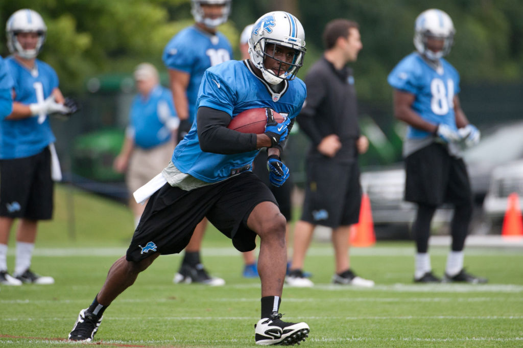 Reggie Bush Signs With Nike (4)