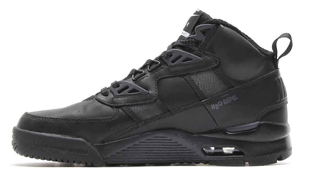 cc2b650c358 Steve Jaconetta is the Release Dates   Archive Editor of Sole Collector and  you can follow him on Twitter here.