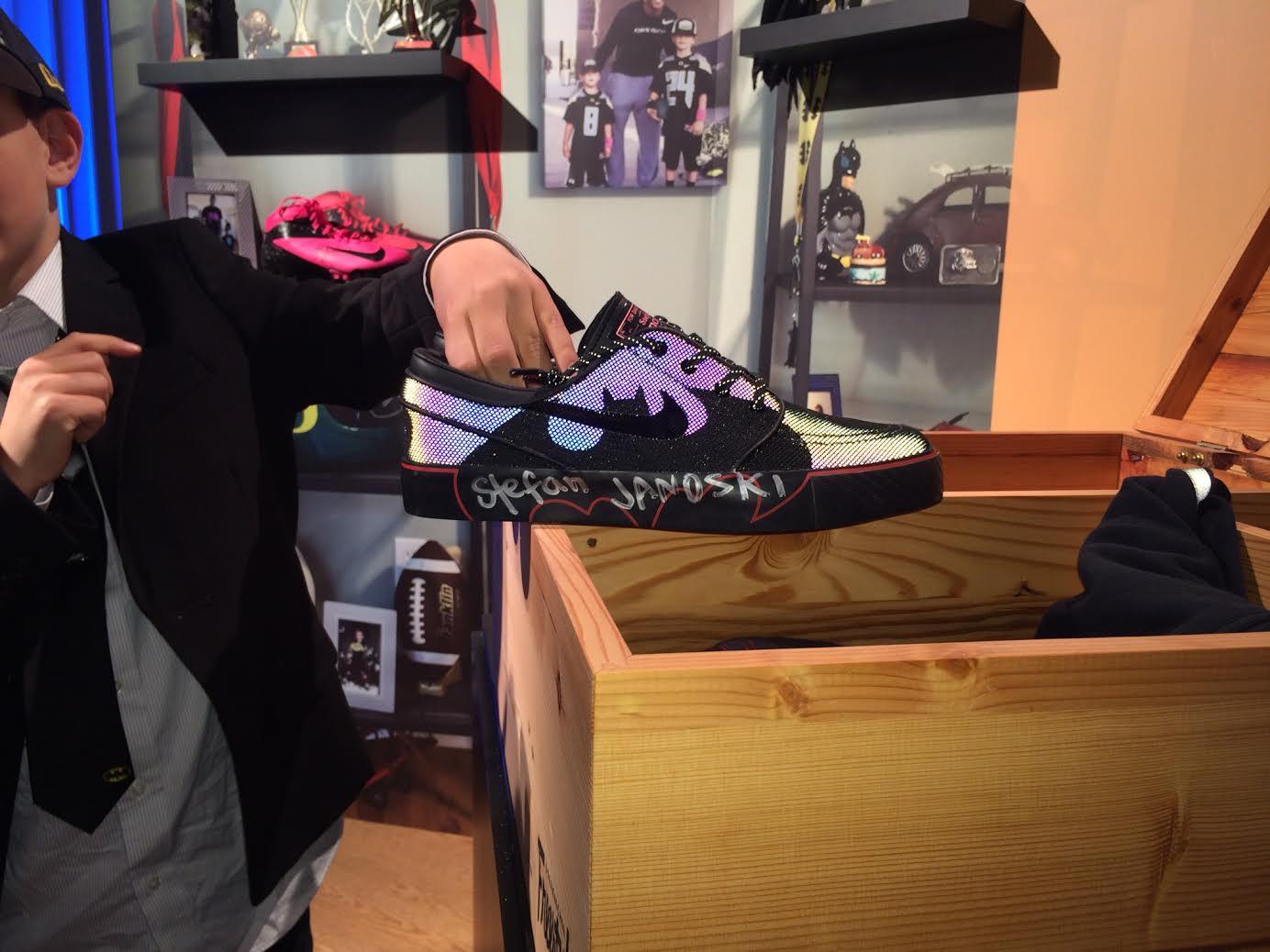 outlet store 8eceb fe2fe Isaiah Neumayer s  Batman  Nike SB Stefan Janoski Doernbecher (2)