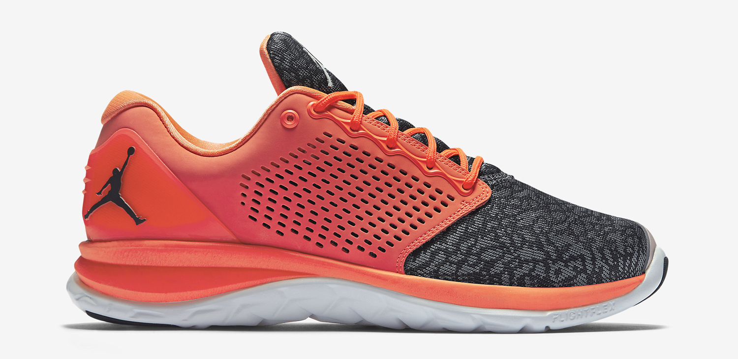 pretty nice 59f4f 55b22 ... lunar shoes Theres a New Air Jordan Running Sneaker Sole Collector nike  ...