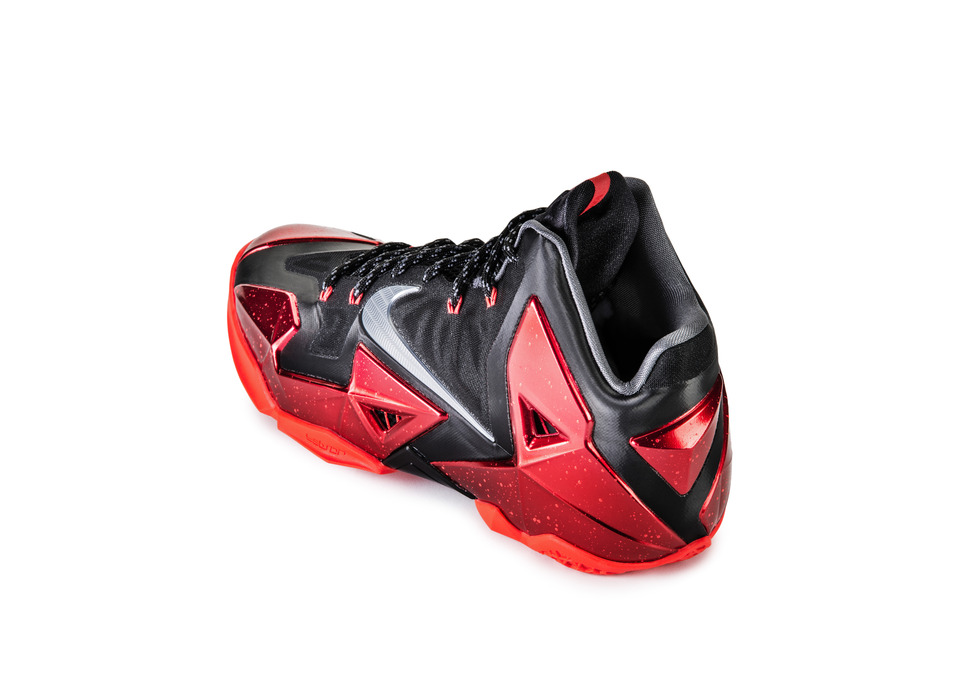 Nike LeBron 11 XI in black university red collar