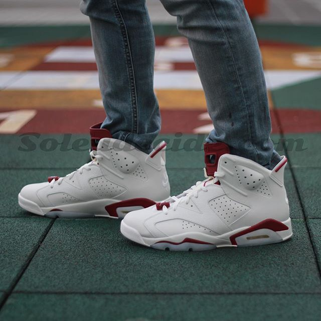 Air Jordan 6 Maroon On-Foot 384664-116 (5)
