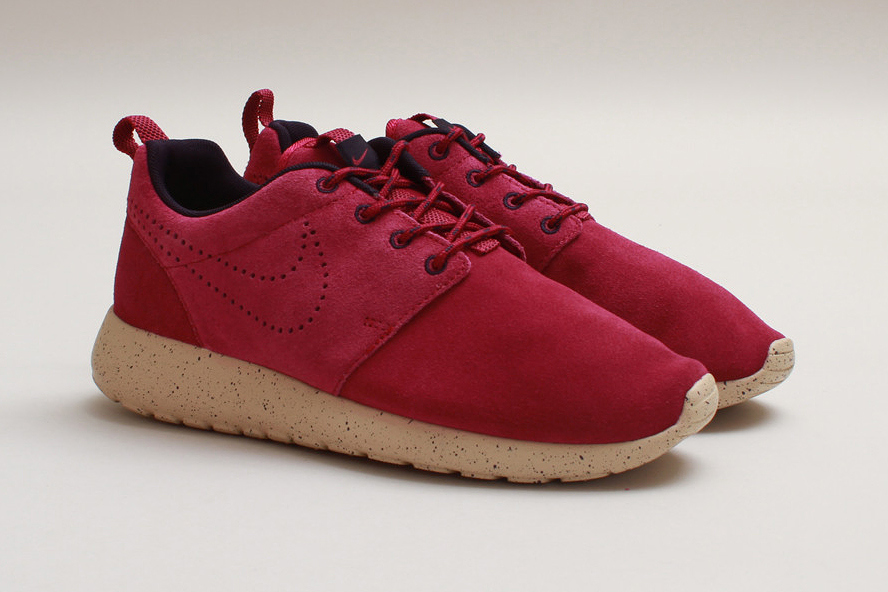Nike WMNS Roshe Run Suede Raspberry Red | Sole Collector